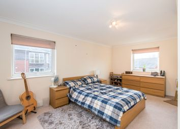 Thumbnail 2 bedroom flat to rent in Athelstan Road, Winchester
