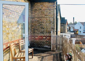Thumbnail 2 bed flat to rent in Beatrice Road, Margate