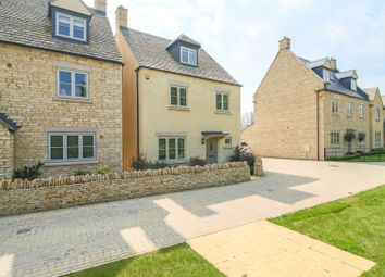 Thumbnail 4 bed detached house for sale in Scott Thomlinson Road, Fairford
