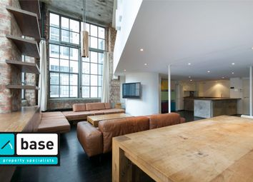 Thumbnail 2 bed flat to rent in Summers Street, Clerkenwell