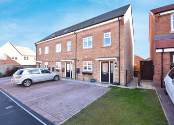 3 bed town house for sale in Ilberts Way, Pontefract WF8