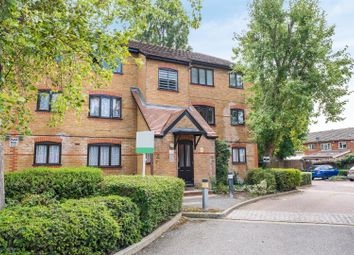 Thumbnail Studio to rent in Caroline Close, West Drayton