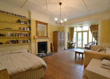 Thumbnail Studio to rent in Cholmeley Park, London