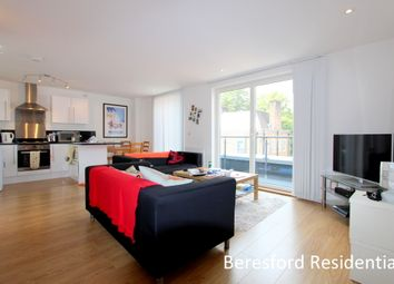 Thumbnail 2 bed flat to rent in Smedley Street, London