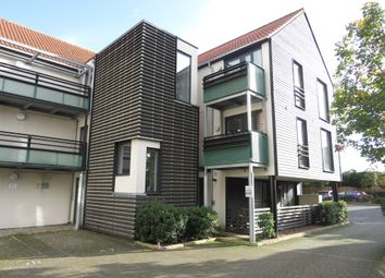 Thumbnail 2 bed flat for sale in Upper Chase, Chelmsford