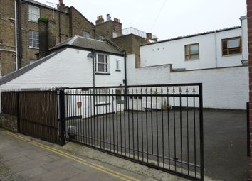 Thumbnail 1 bed flat to rent in 18 High Street, Gravesend