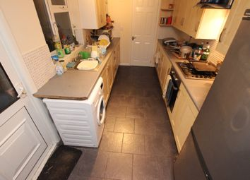 Thumbnail 6 bed terraced house to rent in Pitcroft Avenue, Reading, Berkshire