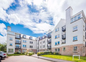 Thumbnail 3 bedroom flat to rent in East Suffolk Park, Newington