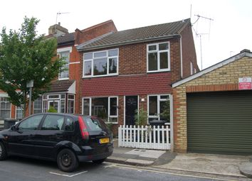 Thumbnail 2 bed flat to rent in Derby Avenue, North Finchley, London