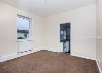 Thumbnail 2 bed property to rent in Star Street, Ryde
