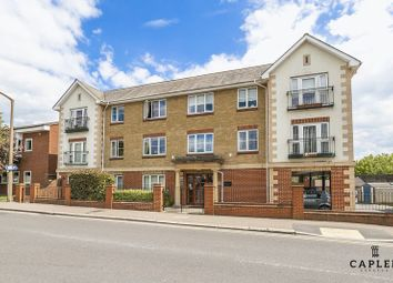 Thumbnail 2 bedroom flat for sale in Victoria Road, Buckhurst Hill