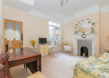 3 bed property to rent in Brudenell Road, London SW17