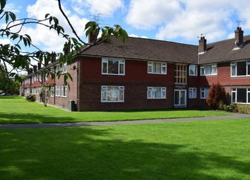 Thumbnail 2 bedroom flat for sale in Anchor Meadow, Farnborough