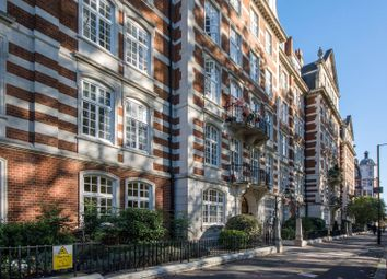 Thumbnail 5 bed flat to rent in St Johns Wood High Street, St John's Wood