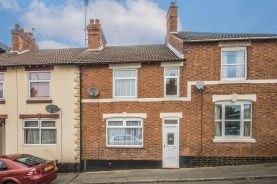 Thumbnail 3 bed terraced house to rent in Oxford Street, Kettering