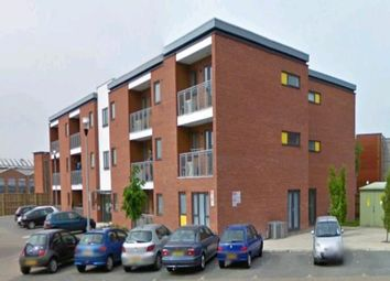 2 bed flat to rent in Beresford Close, Lincoln LN6