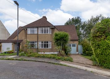 Dewsbury Close, Pinner, Middlesex HA5. 3 bed semi-detached house