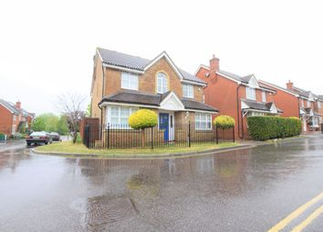 4 bed detached house to rent in Wroxham Way, Ilford IG6