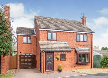 Thumbnail 4 bed detached house for sale in Cranwell Drive, Wellesbourne, Warwick