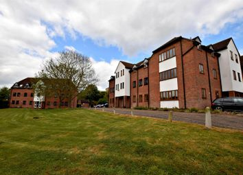 Thumbnail 1 bed flat to rent in Mill Court, Braintree