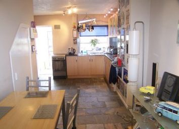 3 bed semi-detached house to rent in Keswick Walk, Coventry CV2