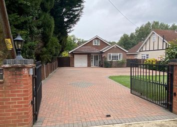 Green Road, Thorpe TW20. 4 bed bungalow