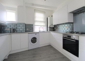 Thumbnail 3 bed flat to rent in Queens Park Rise, Brighton
