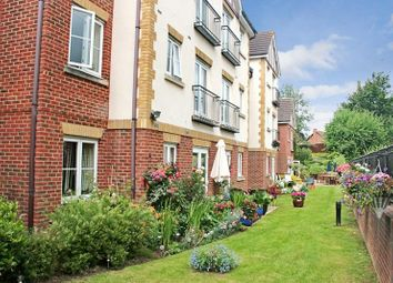 Thumbnail 1 bed property for sale in Bath Road, Reading