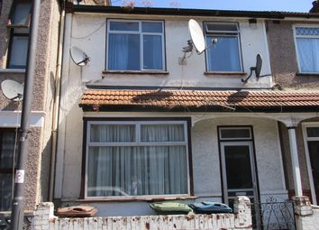 Thumbnail 3 bed terraced house to rent in Masons Avenue, Wealdstone