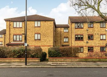 2 bed flat for sale in Bay Court, Popes Lane, London W5