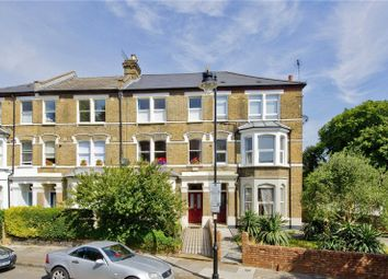Thumbnail 6 bedroom terraced house for sale in Freegrove Road, Lower Holloway