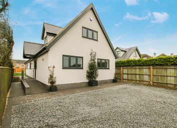 Thumbnail 5 bed detached house for sale in Dunton Road, Steeple View, Basildon
