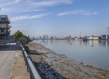 Thumbnail 2 bedroom flat for sale in Jigger Mast House, Woolwich