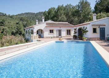 Thumbnail 4 bed villa for sale in Orba, Valencia