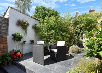 Thumbnail 2 bedroom terraced house to rent in Henley-On-Thames, Oxfordshire