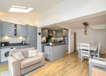 Lagonda Way, Dartford DA1. 3 bed link-detached house for sale
