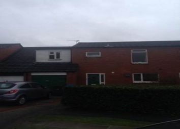 Thumbnail Room to rent in Fallowfield Grove, Fearnhead, Warrington