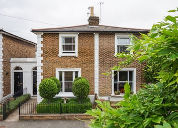 Thumbnail 2 bed terraced house to rent in Dunstable Road, Richmond