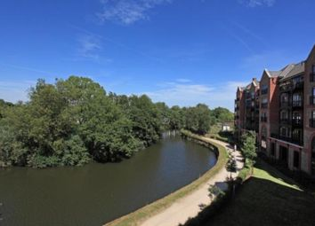 Thumbnail 2 bed flat for sale in Medway Wharf Road, Tonbridge