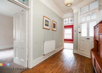 Thumbnail Flat to rent in Upper Richmond Road West, London