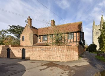 Thumbnail 2 bedroom flat to rent in Windsor End, Beaconsfield, Buckinghamshire