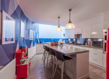 Thumbnail 3 bed property for sale in Virginia Road, Shoreditch