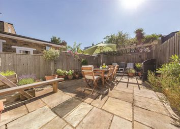 Cavendish Road, London SW12. 2 bed flat for sale