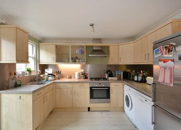 Thumbnail 3 bed flat to rent in Spanish Road, London