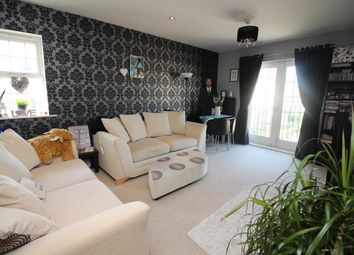 Thumbnail 1 bed flat for sale in Escroft Court, Clifford Drive, Menston, Ilkley
