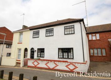 Thumbnail 2 bed terraced house for sale in North Market Road, Great Yarmouth