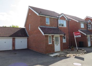 Blackthorn Way, Kingsnorth, Ashford TN23. 3 bed detached house