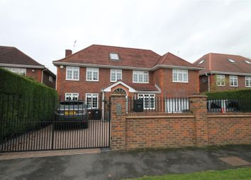 Thumbnail 5 bed property to rent in Dellfield Close, Radlett