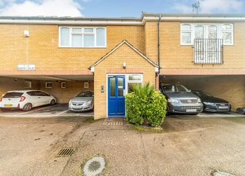 Thumbnail 3 bed flat for sale in Grove Road, Hitchin