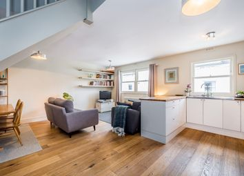Thumbnail 2 bed flat to rent in Linden Mews, London
